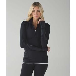 Lululemon Kriss Cross Running Half Zip in Black